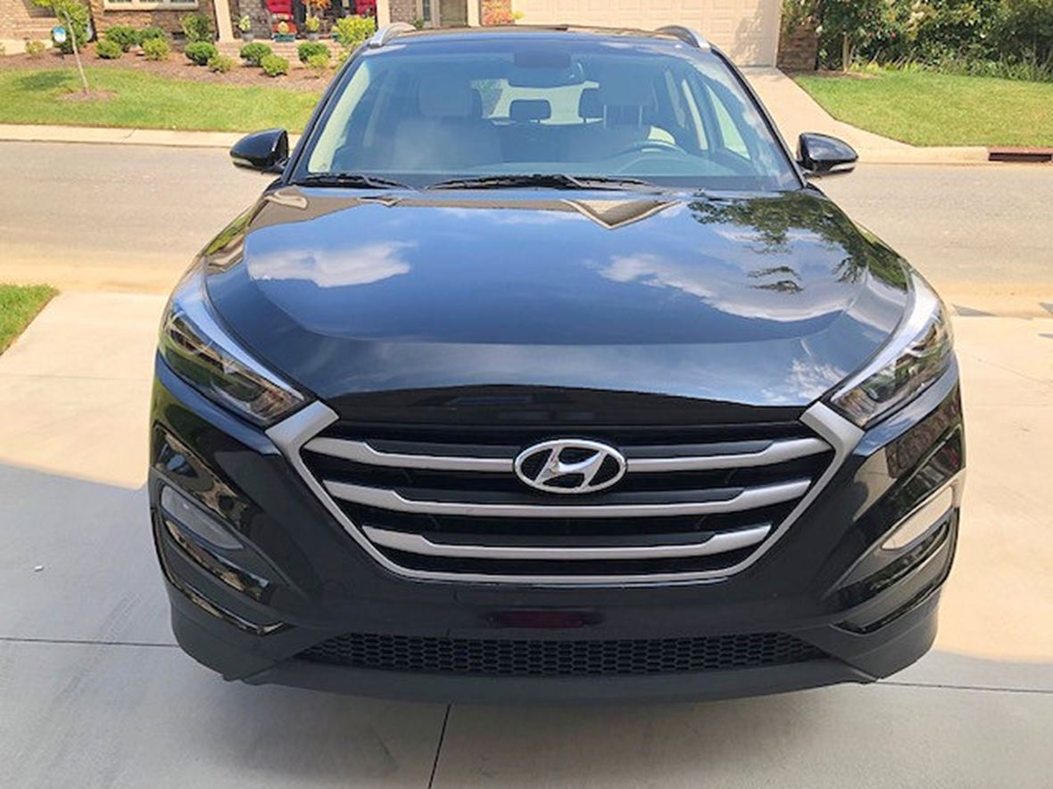 2017 Hyundai Tucson for sale by owner in Jamestown