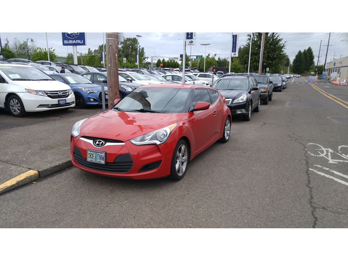2014 Hyundai Veloster for sale by owner in Clackamas
