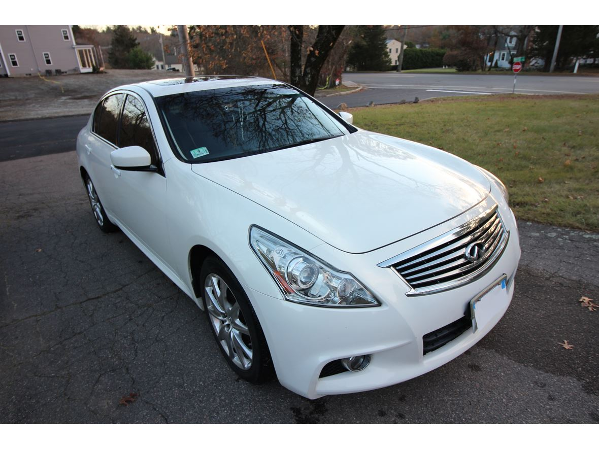 2013 Infiniti G37 Sedan for sale by owner in Mansfield