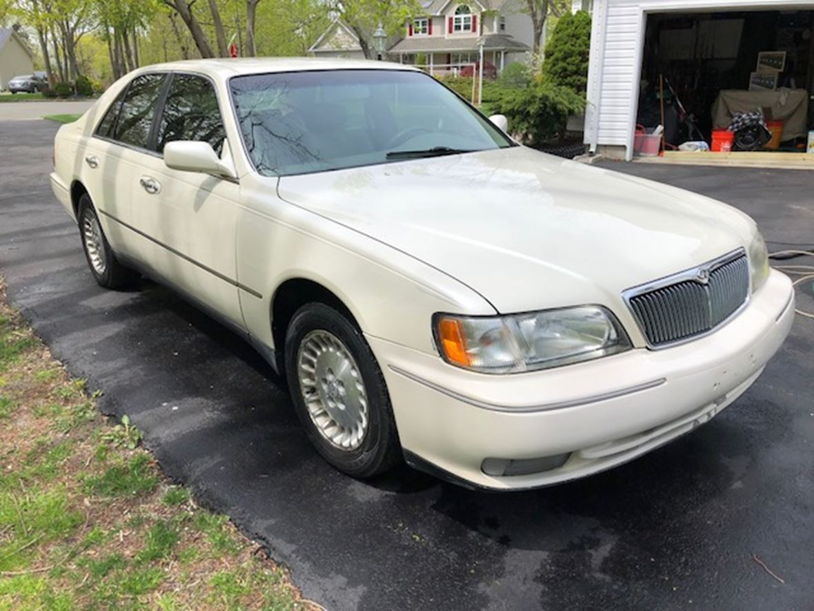 1998 infiniti q45 for sale by owner in moriches ny 11955. Black Bedroom Furniture Sets. Home Design Ideas