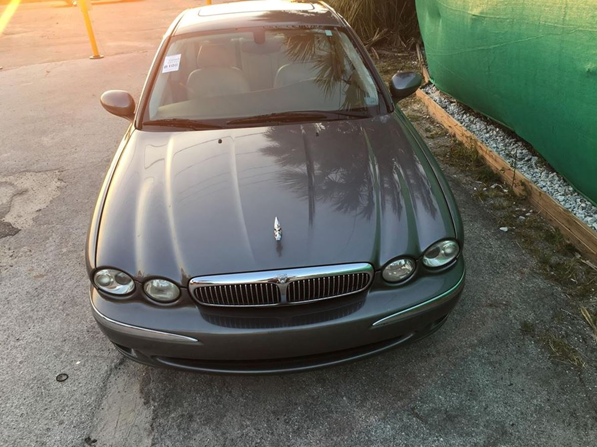 2004 Jaguar X-Type for sale by owner in Altamonte Springs