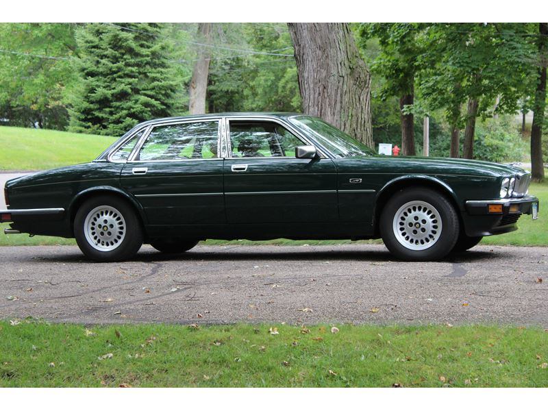 1988 jaguar xj6 classic car minnetonka mn 55345. Black Bedroom Furniture Sets. Home Design Ideas