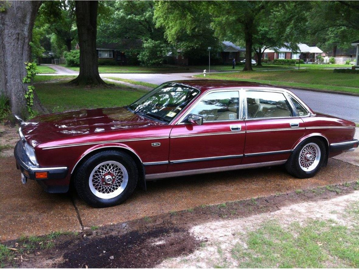 1990 Jaguar XJ6 for sale by owner in Clearwater