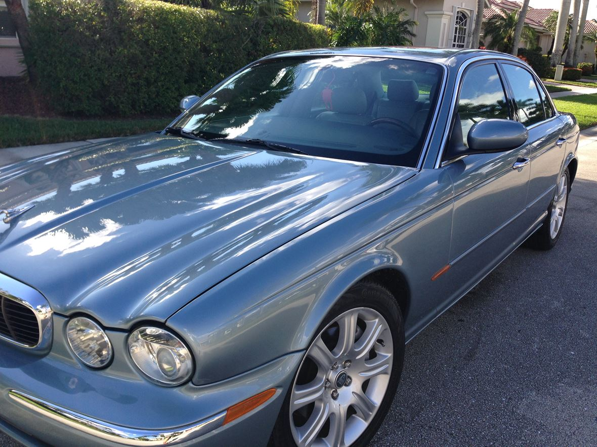 2004 Jaguar XJ8 for sale by owner in Vero Beach