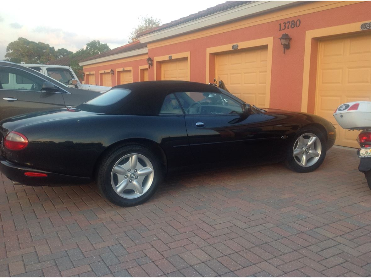 1997 Jaguar XK8 for sale by owner in Fort Myers