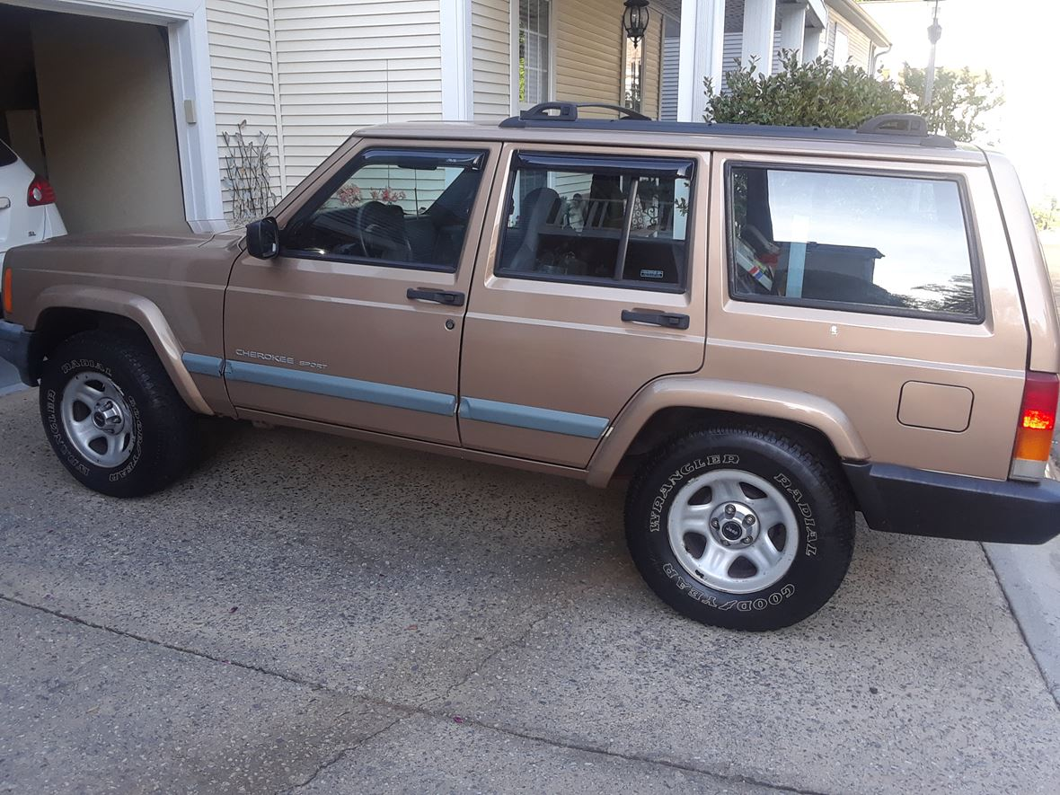 Jeep Cherokee Sport For Sale >> 1999 Jeep Cherokee Sport 4wd For Sale By Owner In Roswell Ga 30075 2 900