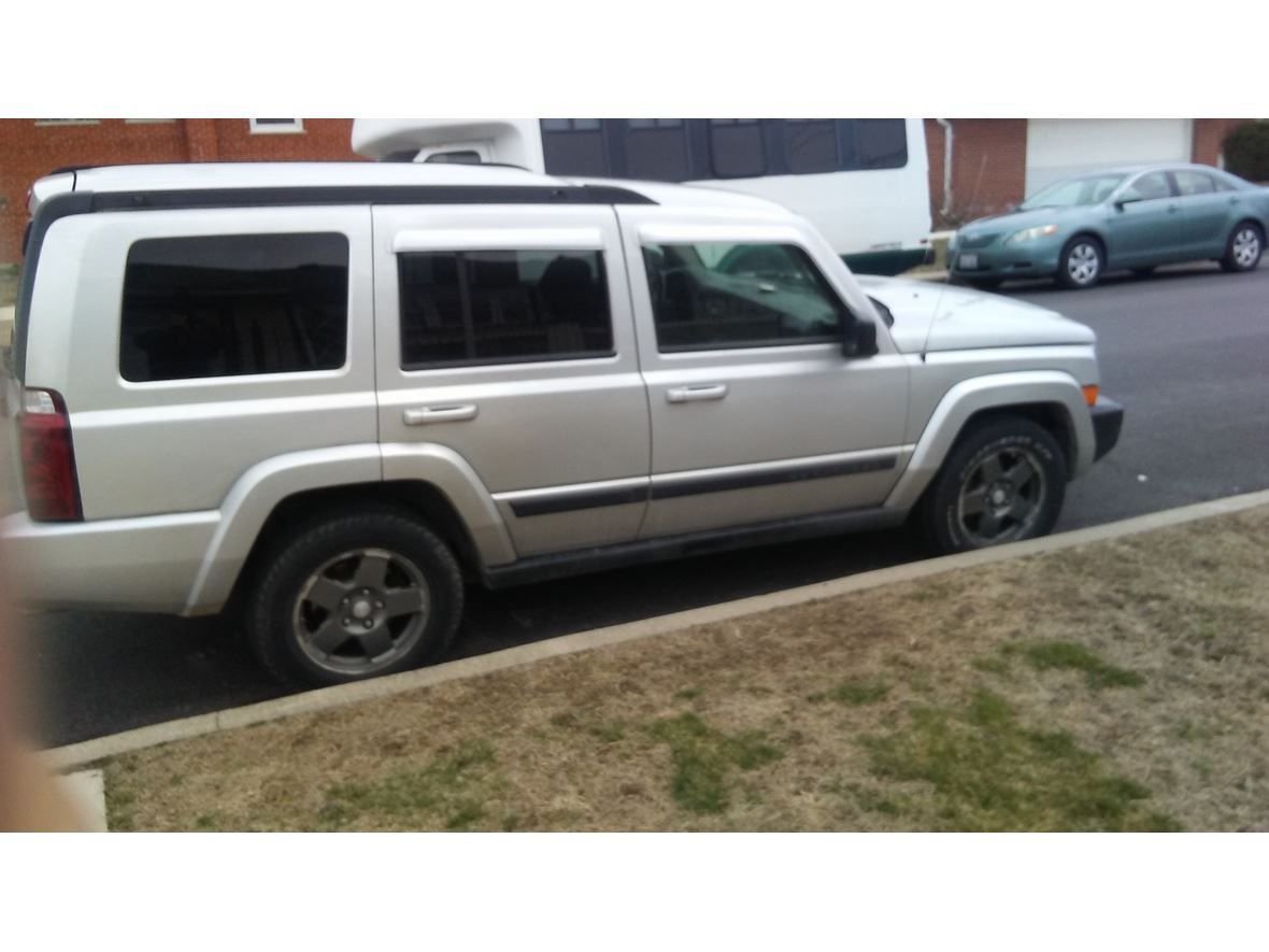 2007 Jeep Commander for sale by owner in Chicago