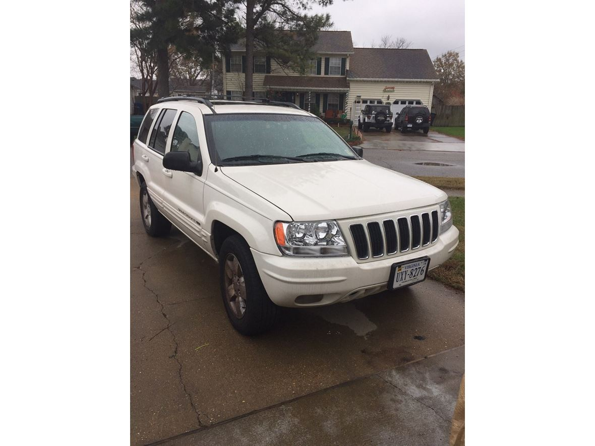 2001 Jeep Grand Cherokee for sale by owner in Virginia Beach