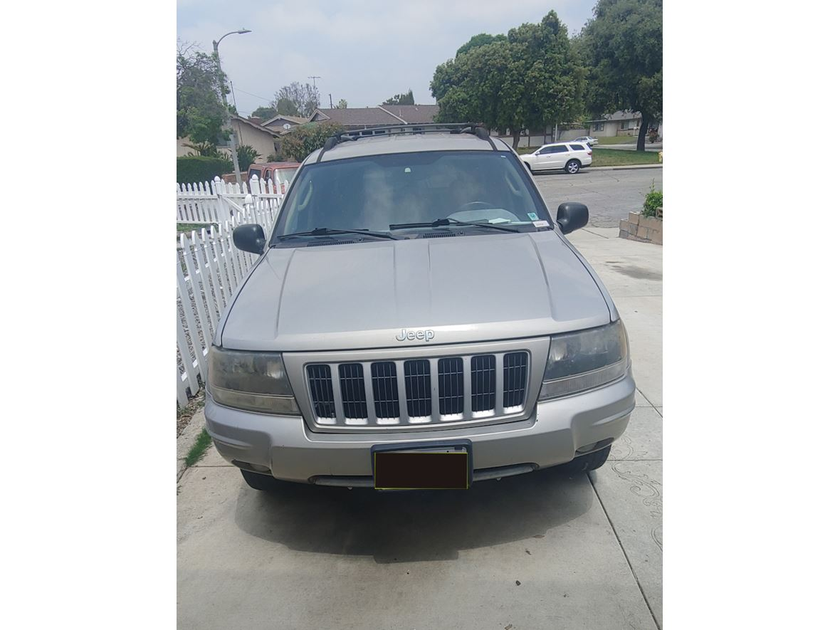 2004 Jeep Grand Cherokee for sale by owner in Pomona
