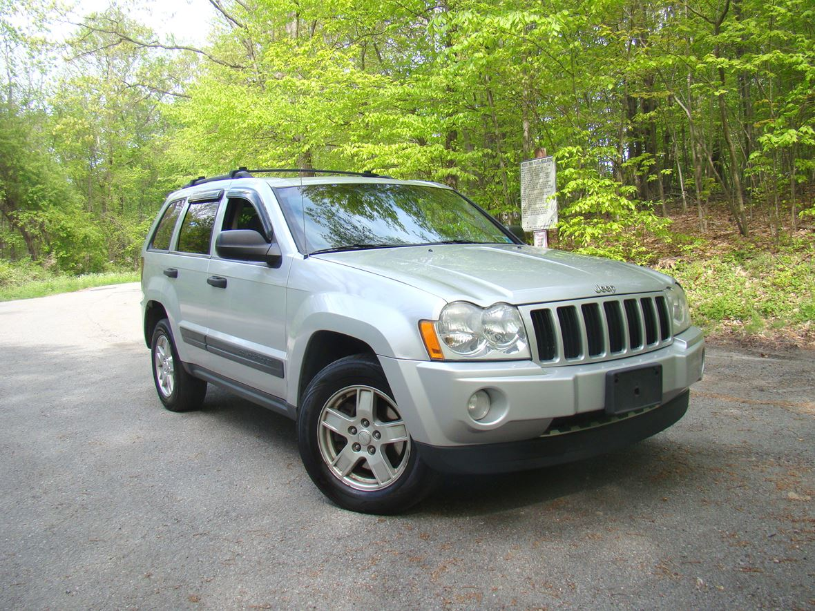 2005 Jeep Grand Cherokee Sale By Owner In Baldwin Place Ny 10505 For