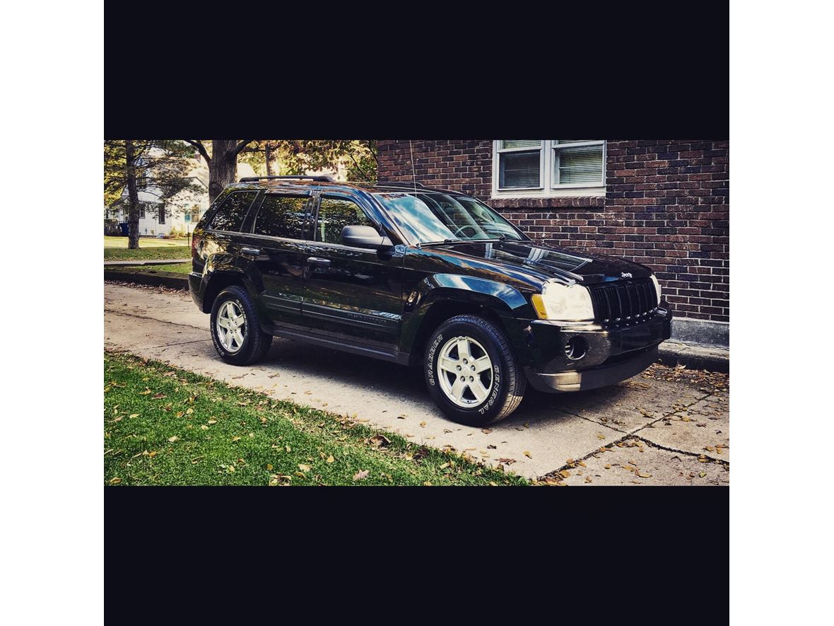 2006 jeep grand cherokee for sale by owner in portage mi 49024. Black Bedroom Furniture Sets. Home Design Ideas