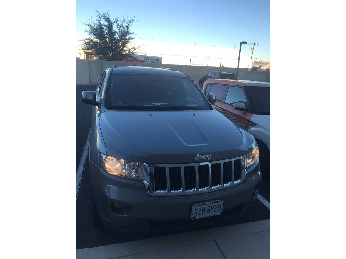 2012 Jeep Grand Cherokee for sale by owner in Tucson