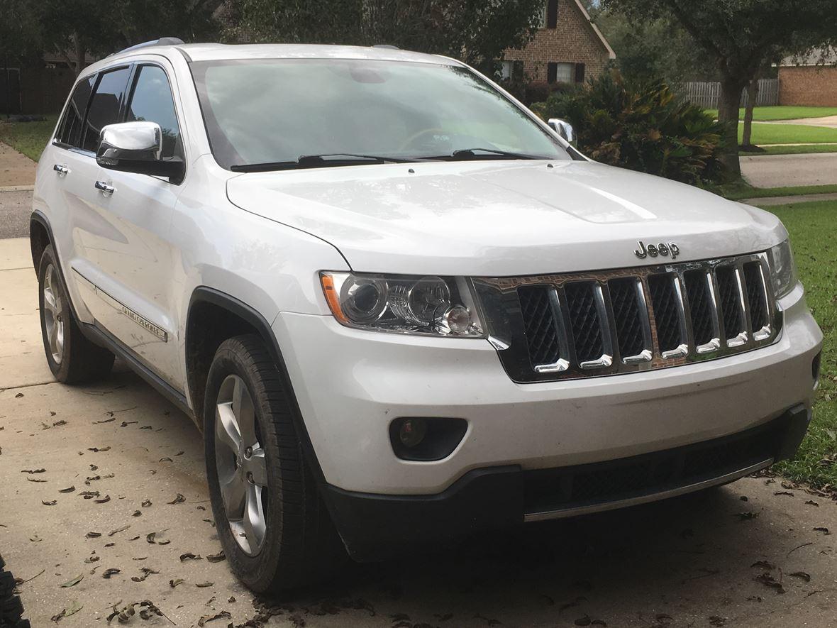 2013 Jeep Grand Cherokee for sale by owner in Fairhope