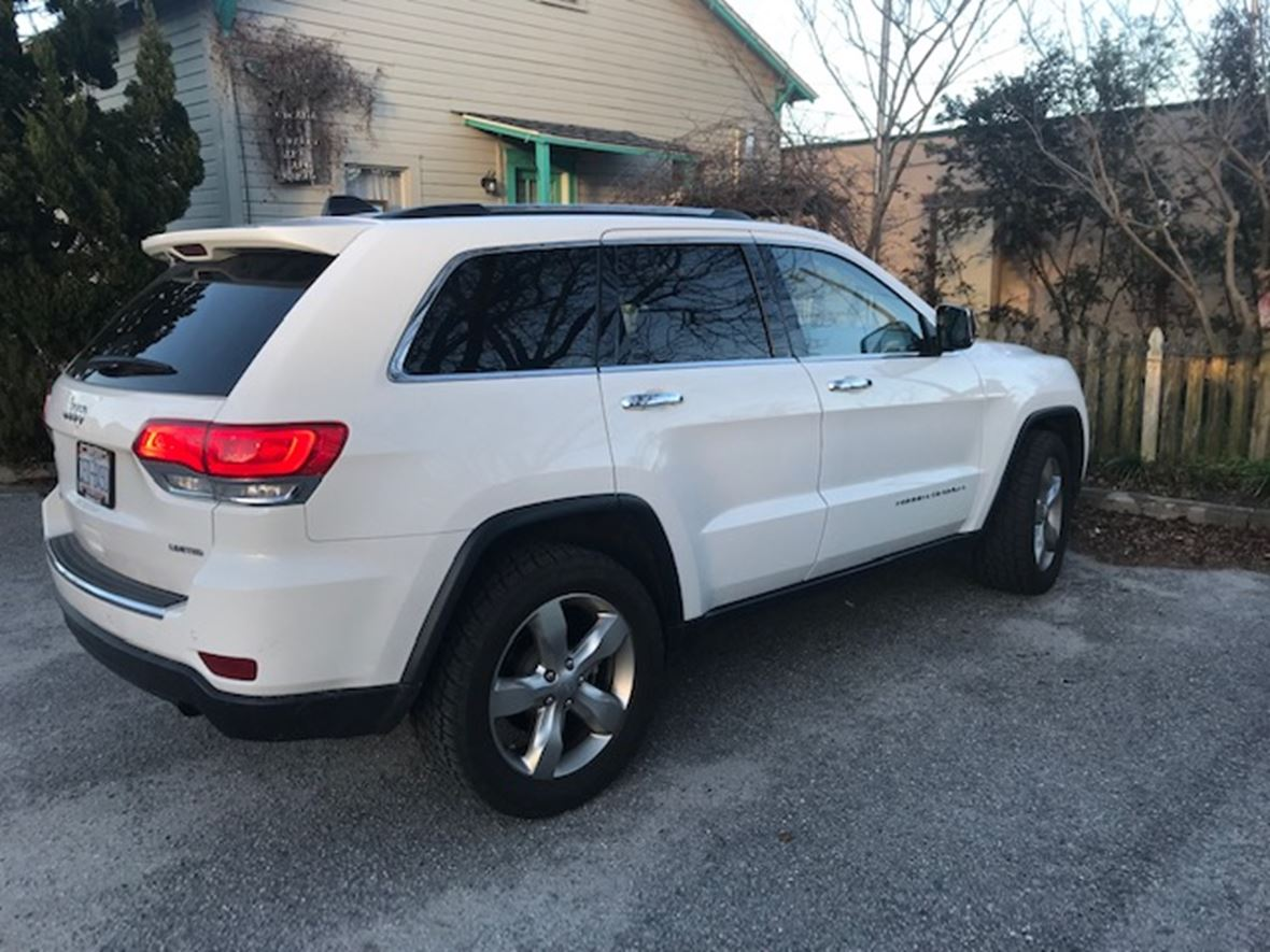 2015 Jeep Grand Cherokee for sale by owner in Wilmington