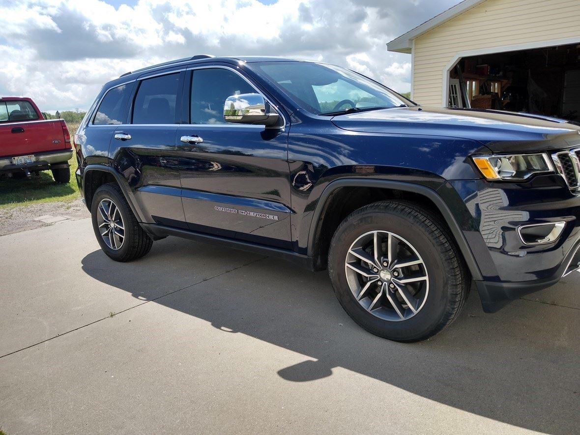 2017 Jeep Grand Cherokee for sale by owner in Jackson