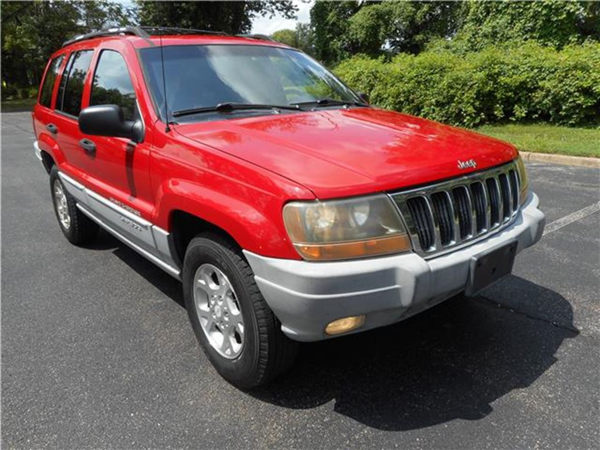 2000 Jeep GRAND CHEROKEE LAREDO for sale by owner in Anderson