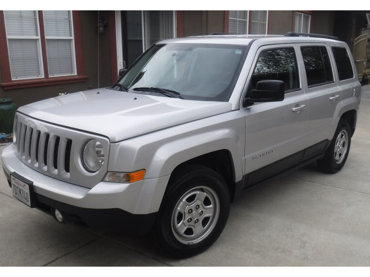 2014 Jeep Patriot for sale by owner in Livermore