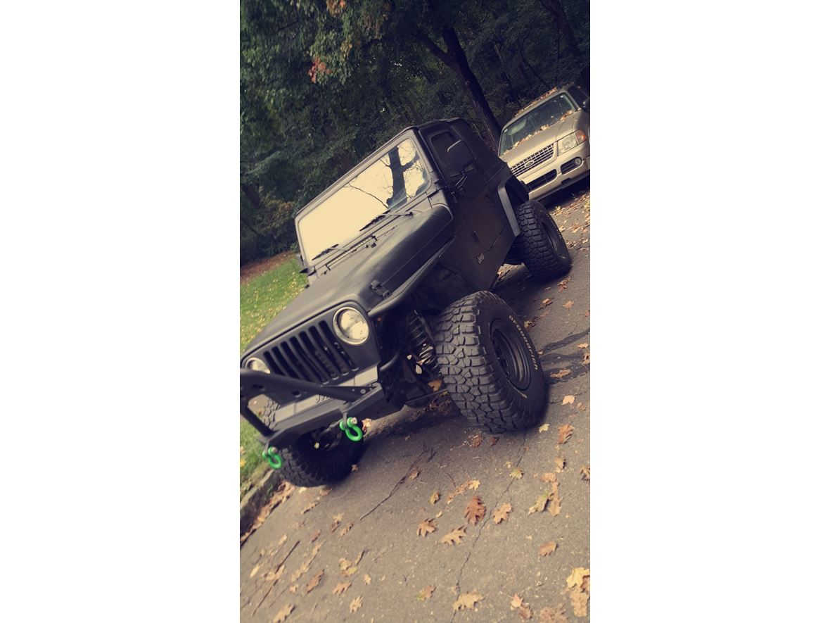 1997 Jeep Wrangler for sale by owner in East Brunswick