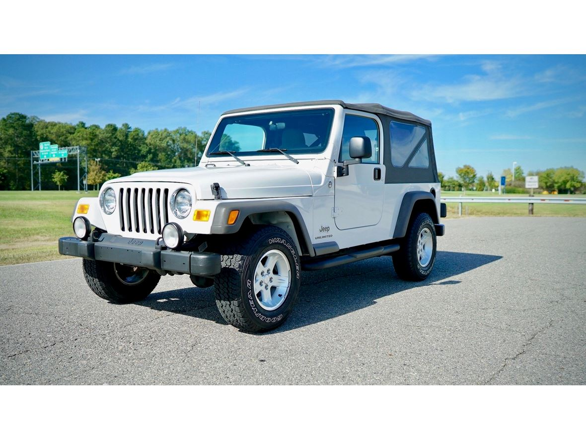 2005 Jeep Wrangler for sale by owner in Detroit