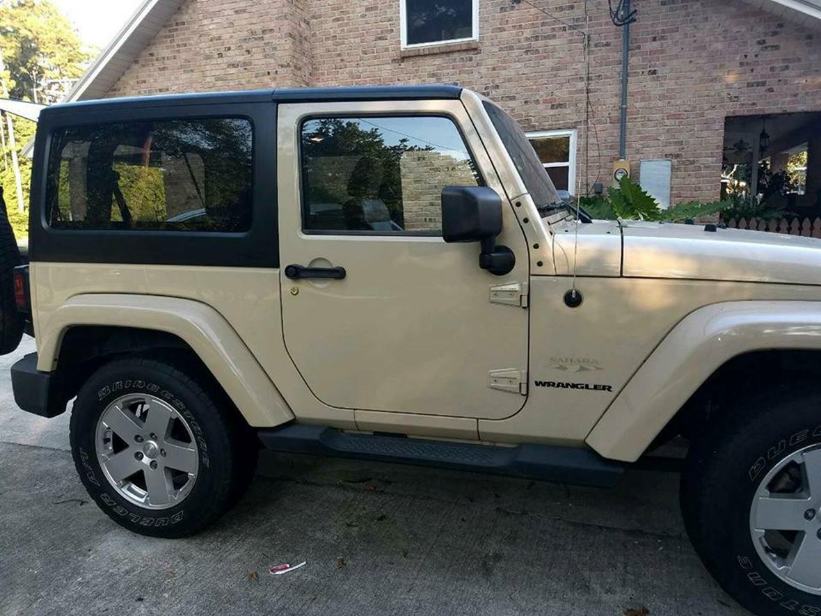 2011 Jeep Wrangler Sahara for sale by owner in Greenwell Springs