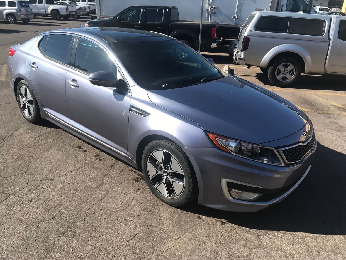 2012 Kia Optima Hybrid for sale by owner in Phoenix