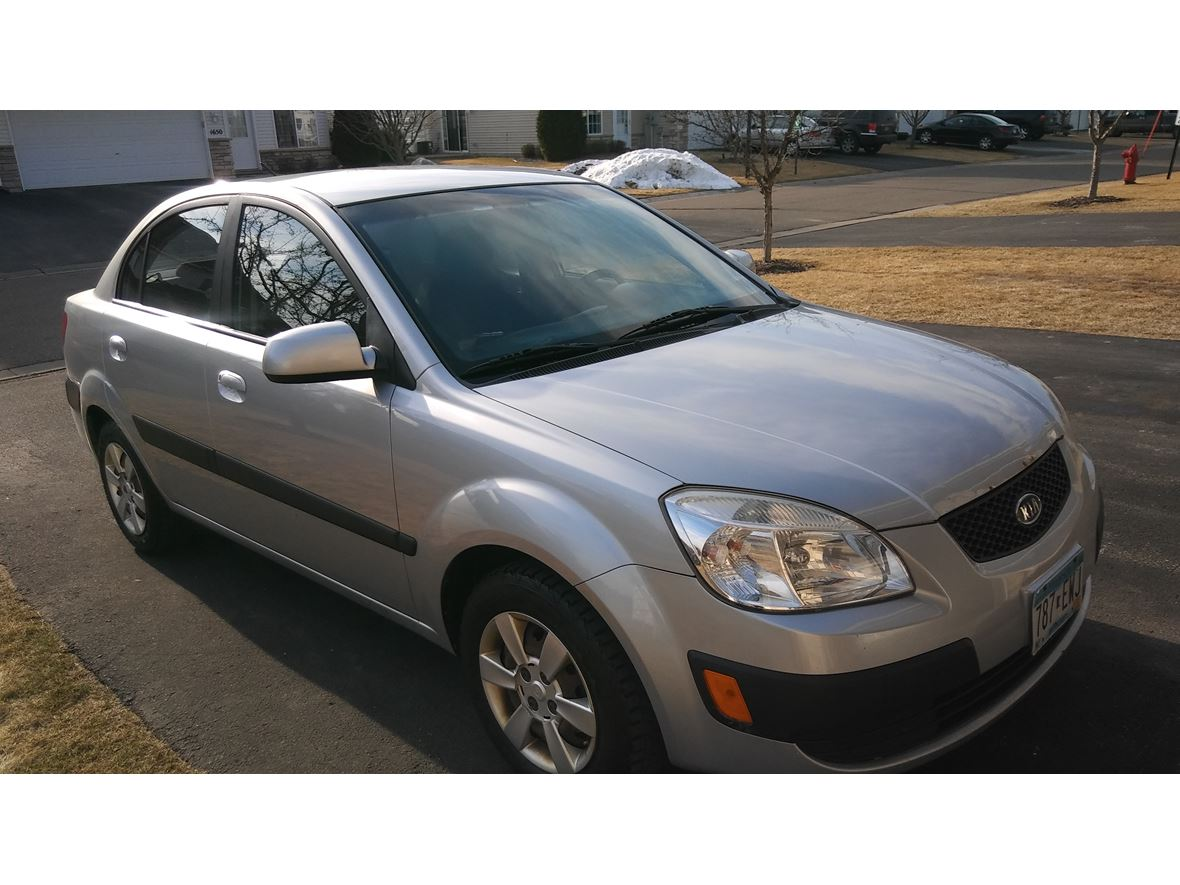 2007 Kia RIO for sale by owner in Waconia