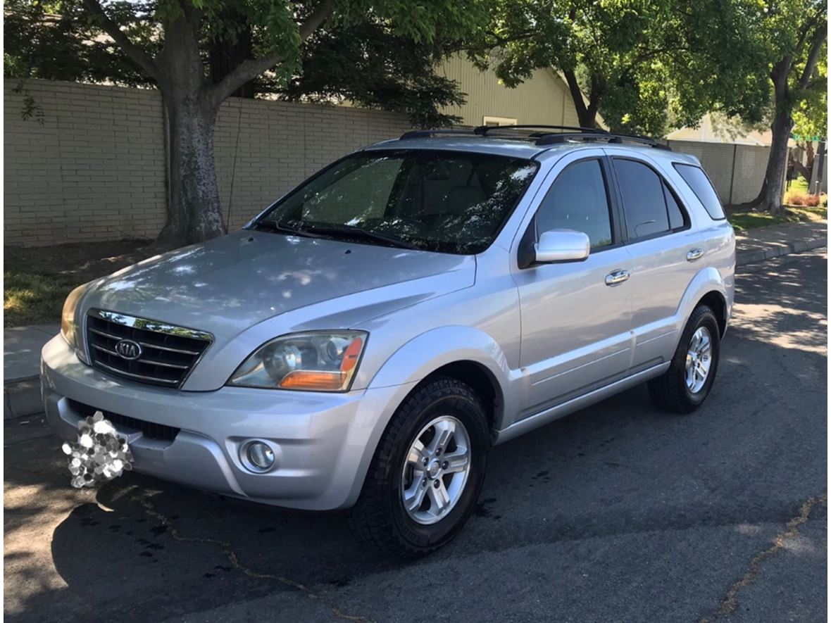 2007 Kia Sorento for sale by owner in Sacramento