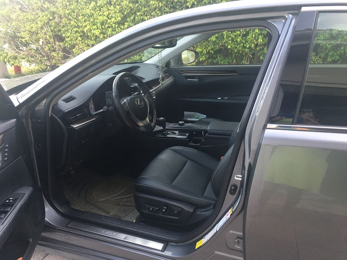 2015 Lexus ES 350 for sale by owner in Fort Lauderdale