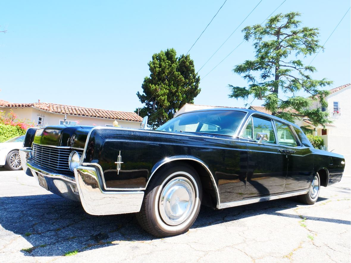 1966 Lincoln Continental for sale by owner in Burbank