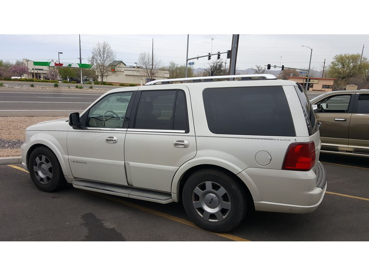 2005 Lincoln Navigator for sale by owner in Grand Junction