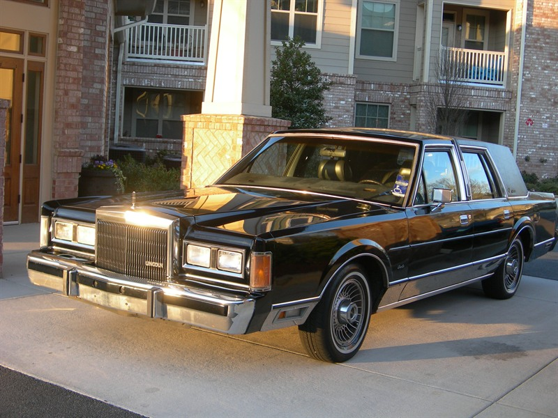 1989 lincoln town car classic car marietta ga 30008. Black Bedroom Furniture Sets. Home Design Ideas
