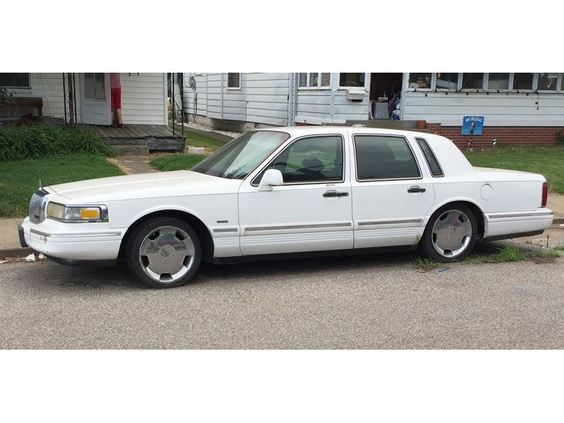 1995 Lincoln Town Car For Sale By Owner In Evansville In 47732