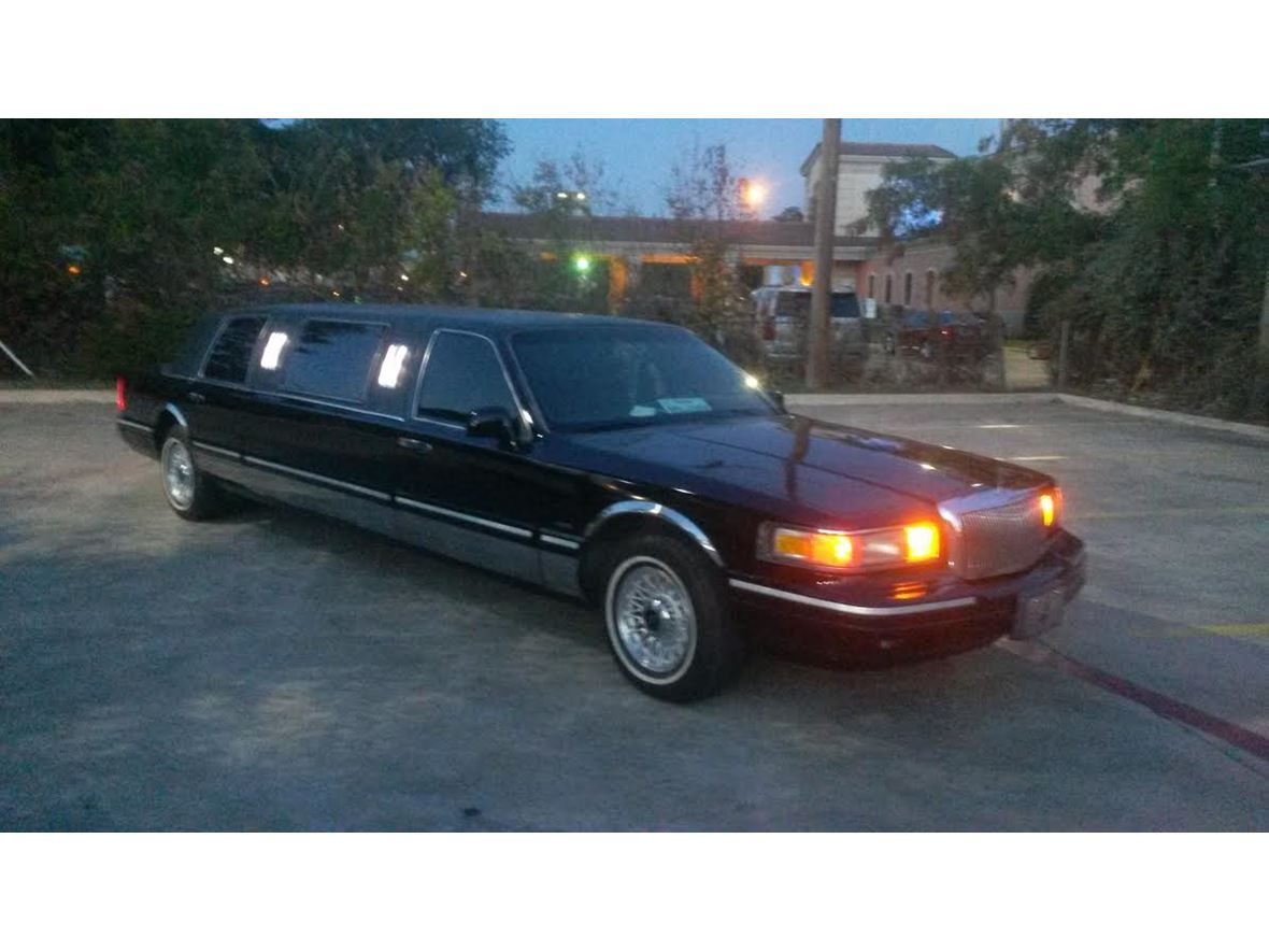 1996 Lincoln Town Car For By Owner In Dallas