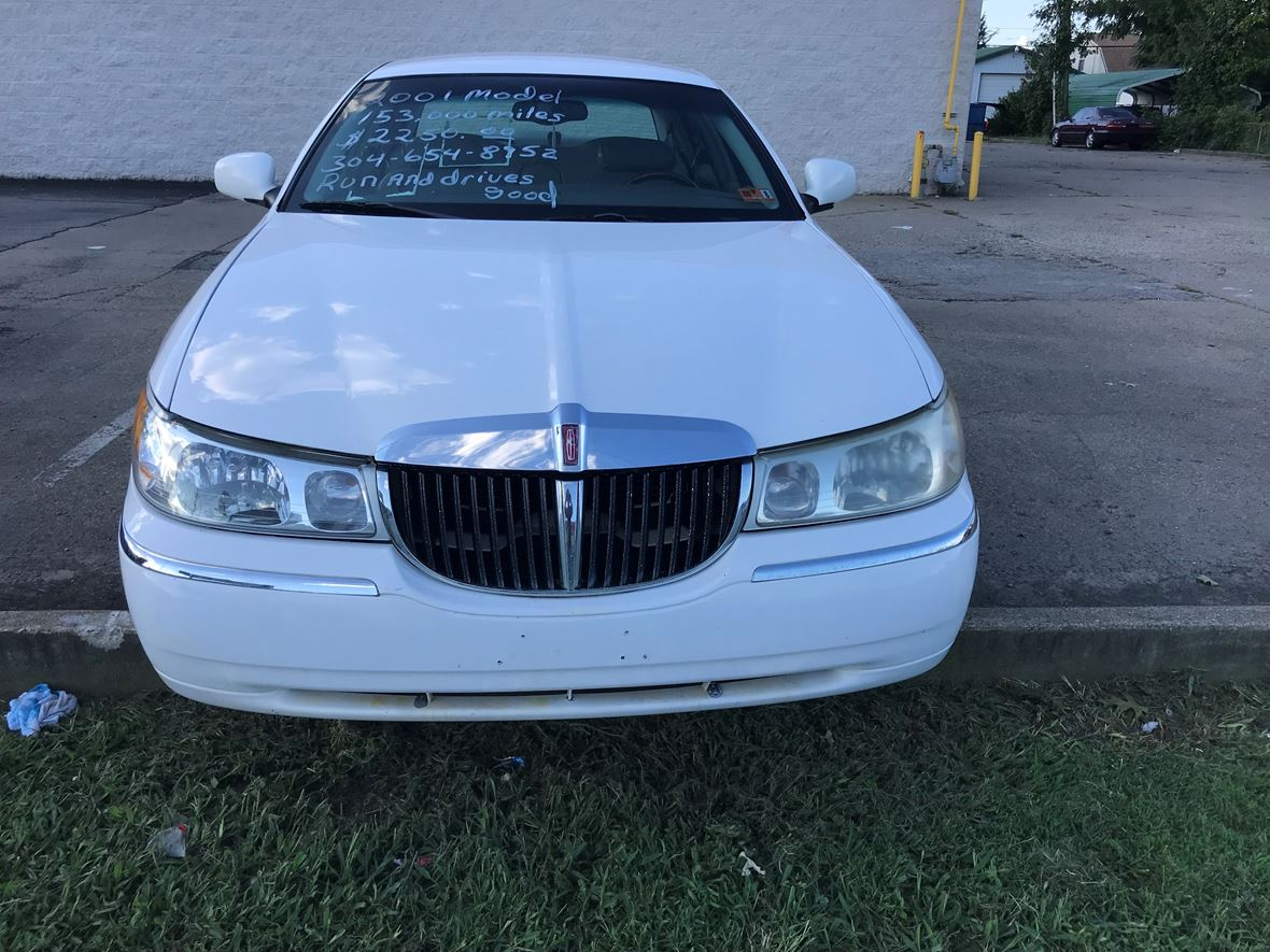 Cars For Sale In Wv: 2001 Lincoln Town Car For Sale By Owner In Huntington, WV