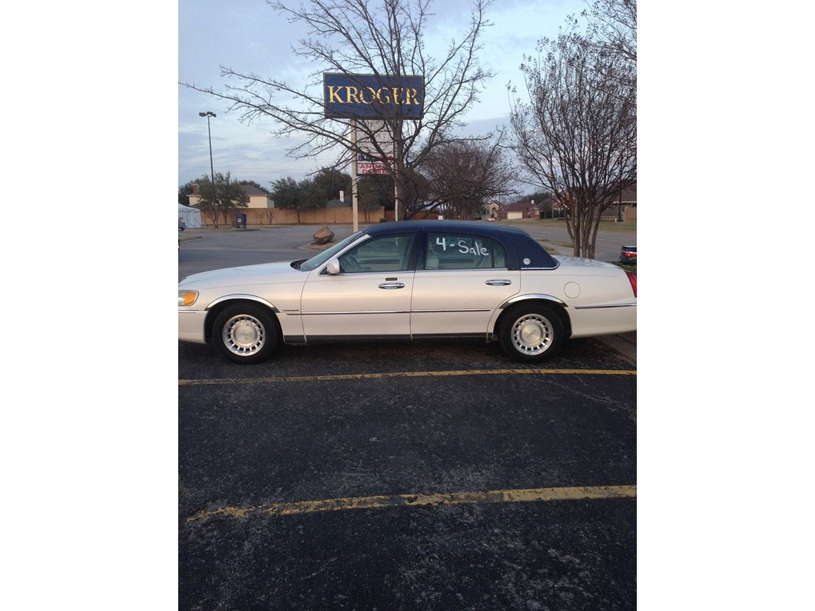2001 Lincoln Town Car Presidential By Owner In Mesquite Tx 75181