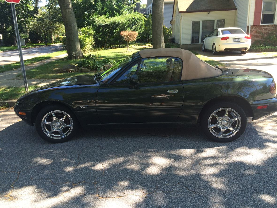 1997 Mazda M Edition for sale by owner in Wantagh