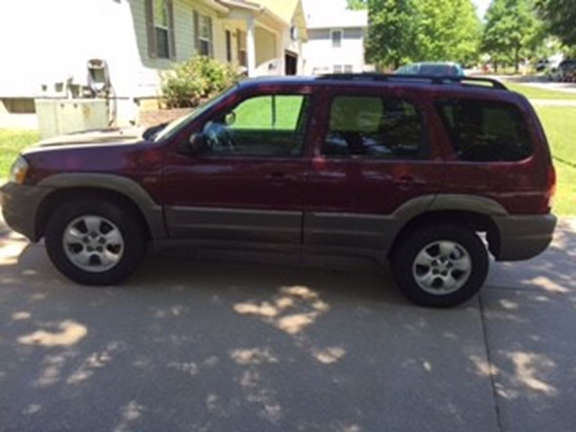 2004 Mazda Tribute for sale by owner in O Fallon