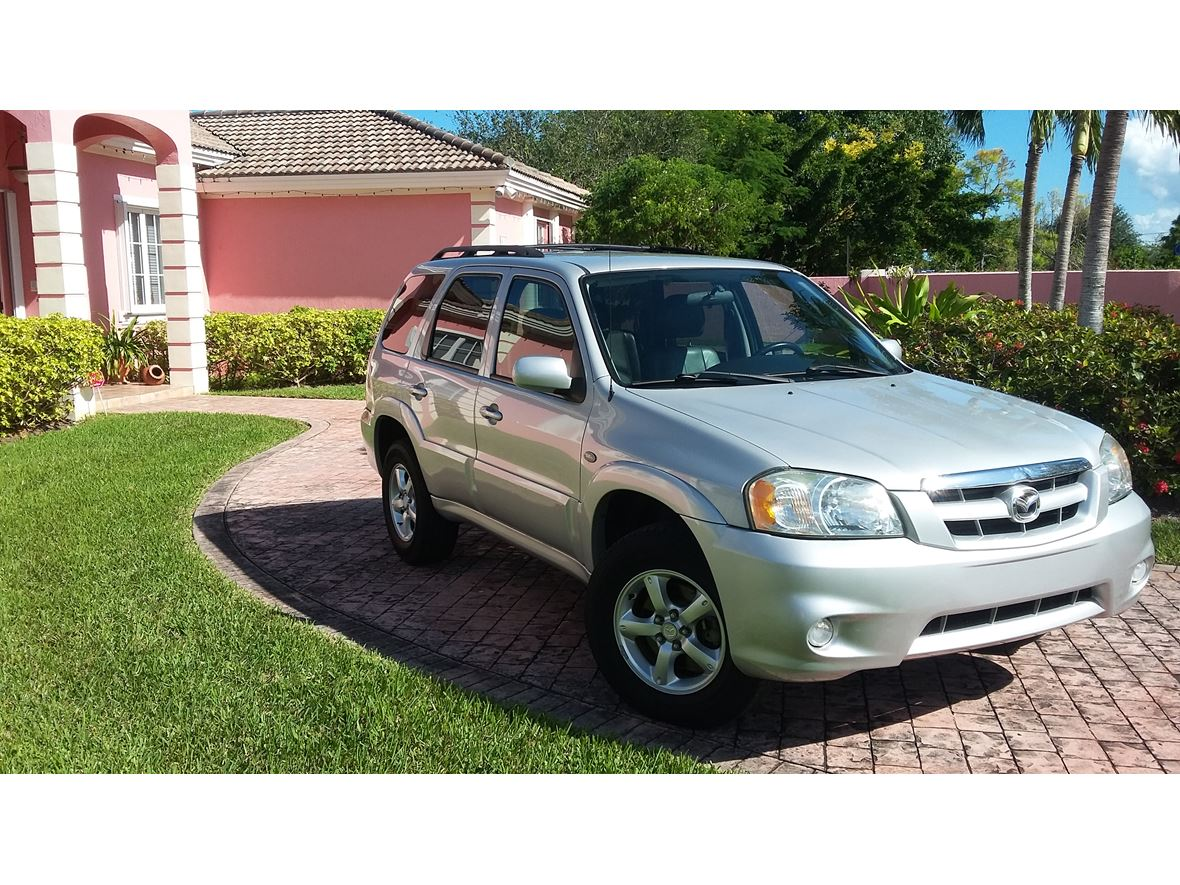 2005 Mazda Tribute for sale by owner in Miami