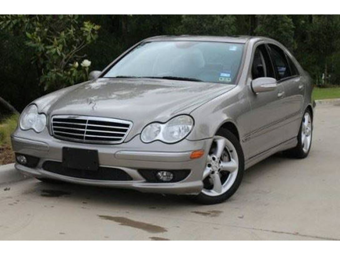 2006 Mercedes-Benz C-Class for sale by owner in Burnsville