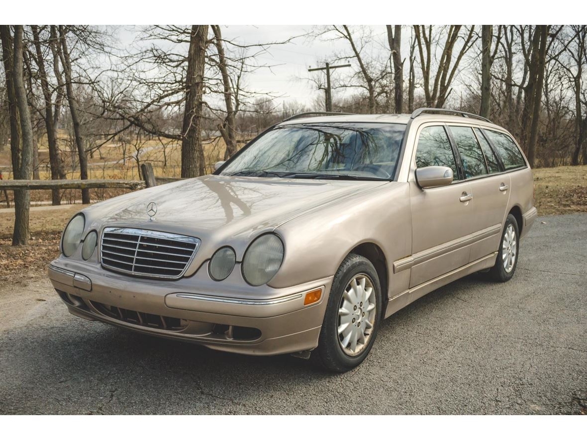 2000 Mercedes-Benz E-Class for sale by owner in Washington