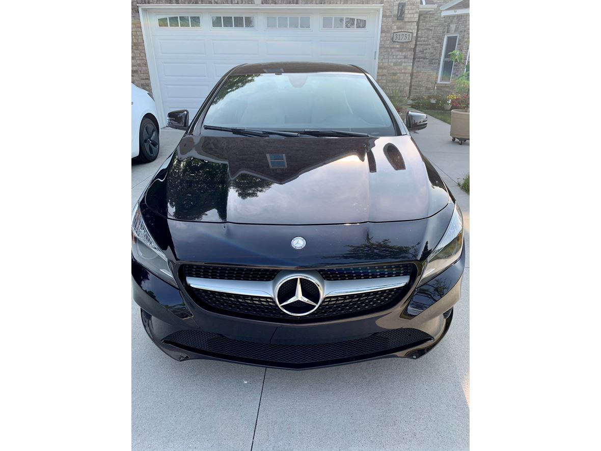 2015 Mercedes-Benz GLA-Class for sale by owner in Utica