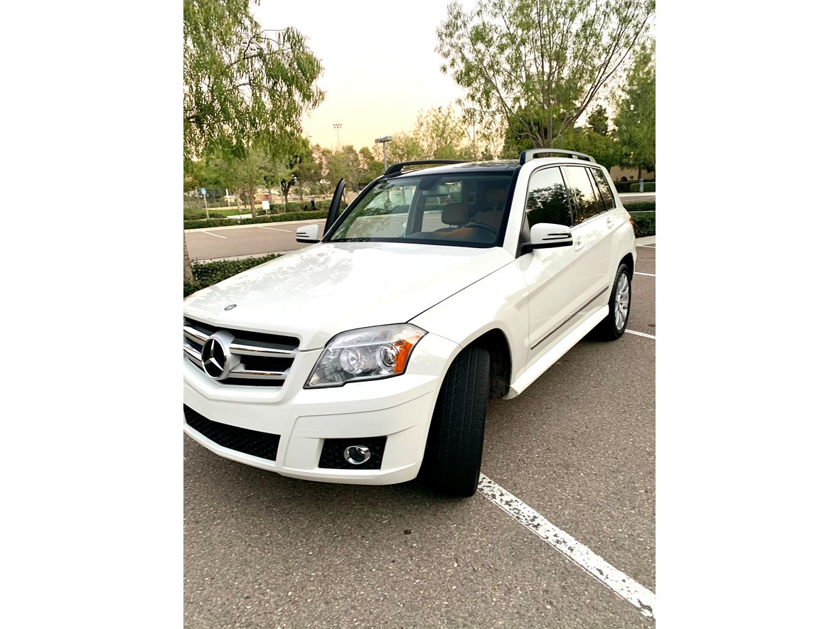 2010 Mercedes-Benz GLK-Class for sale by owner in San Marcos