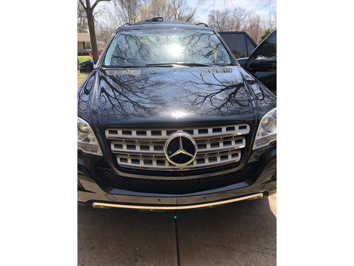 2011 Mercedes-Benz M-Class for sale by owner in Prairie Village