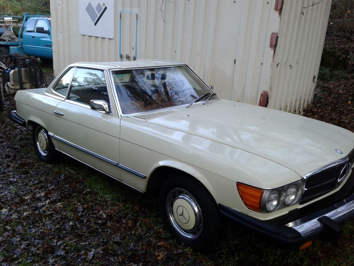 1975 Mercedes-Benz SL-Class for sale by owner in Newcastle