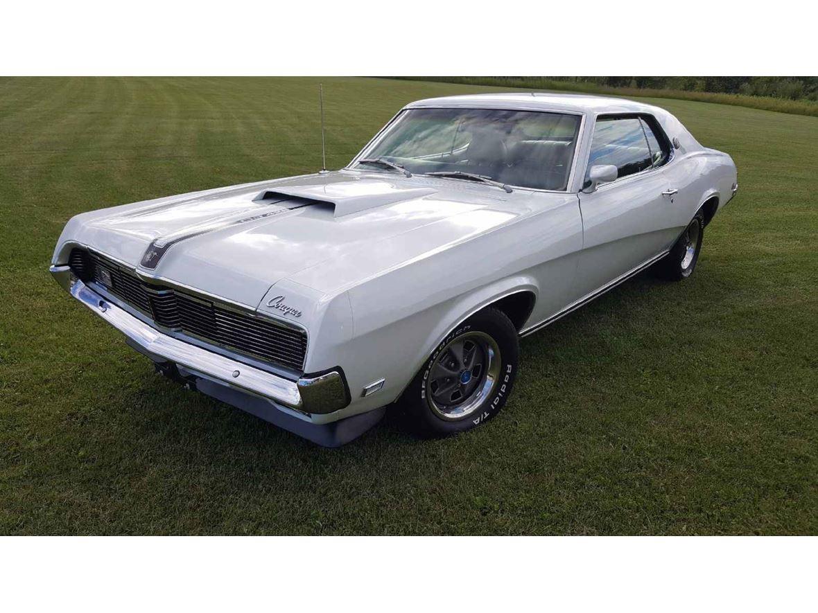 1969 Mercury Cougar - Antique Car - Ann Arbor, MI 48103