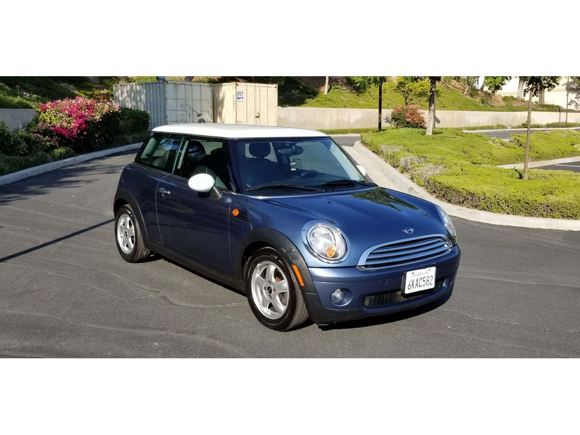 2009 mini cooper for sale by owner in thousand oaks ca 91360. Black Bedroom Furniture Sets. Home Design Ideas