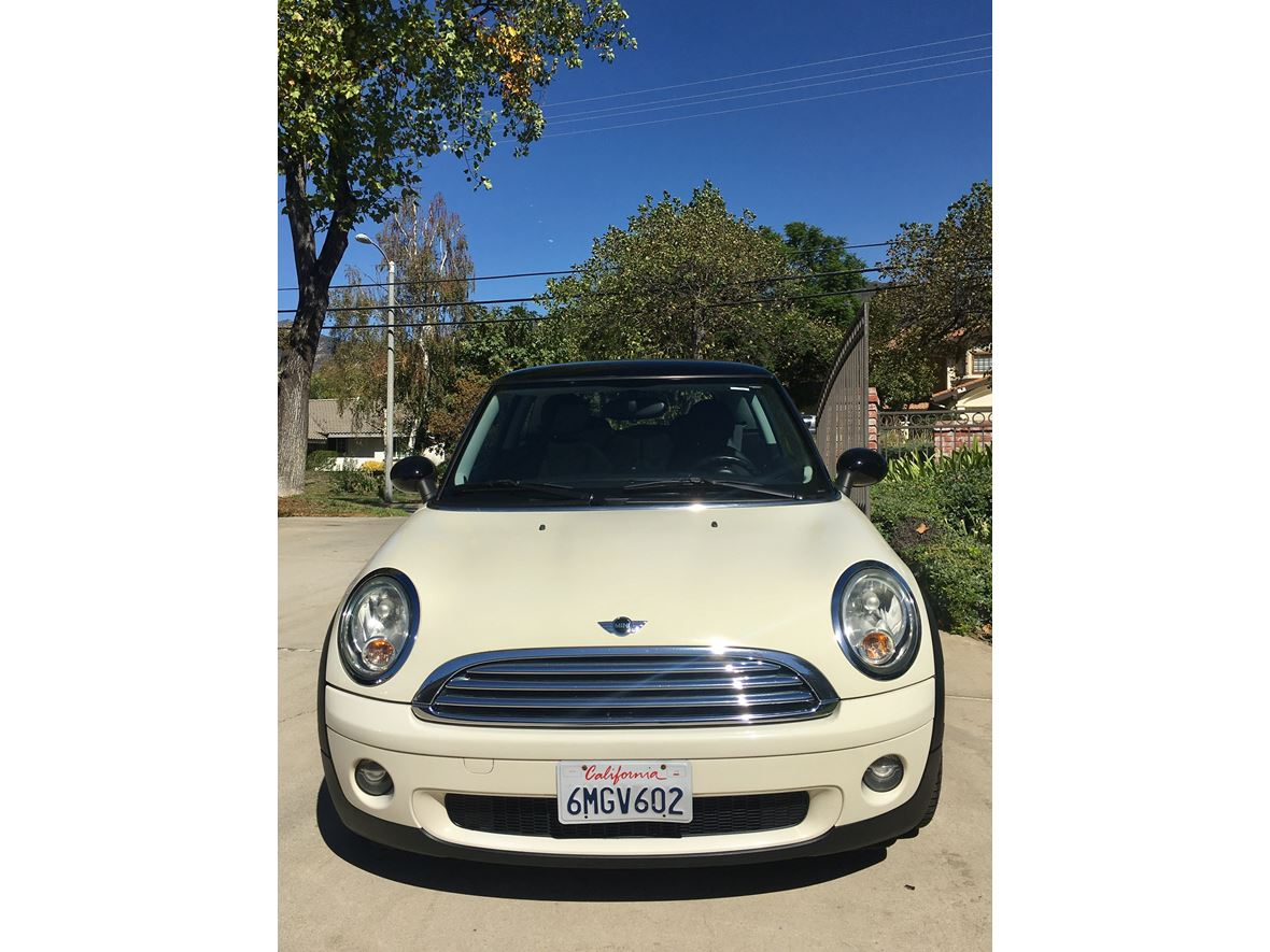 2010 MINI Cooper for sale by owner in Upland