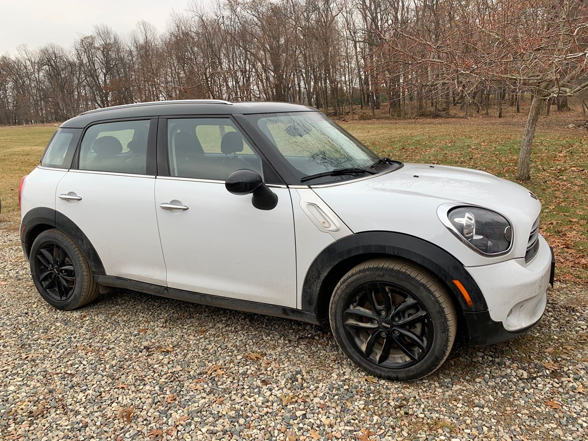 2015 MINI Cooper Countryman for sale by owner in Metamora