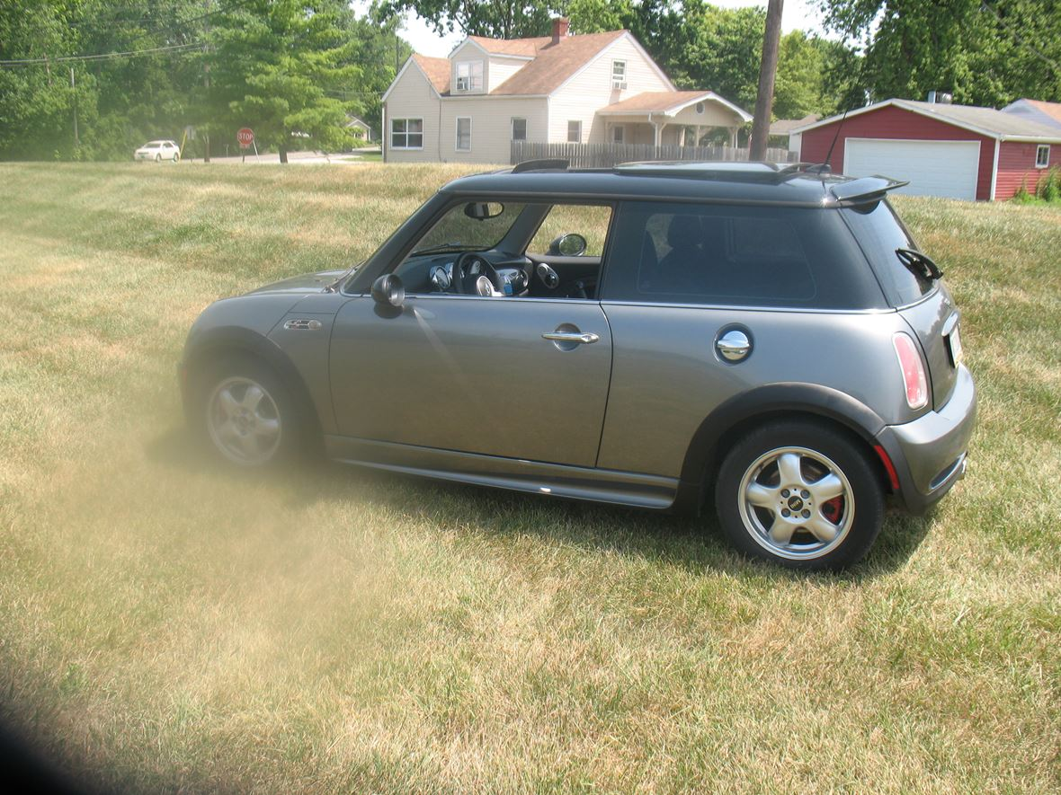 2006 MINI Cooper Coupe s for sale by owner in Indianapolis