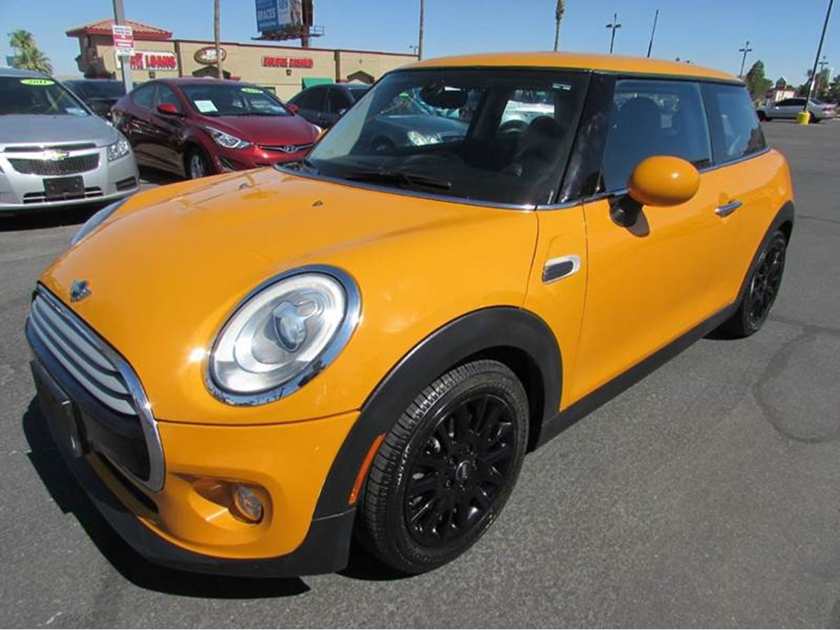 2014 MINI Cooper Hardtop for sale by owner in Las Vegas
